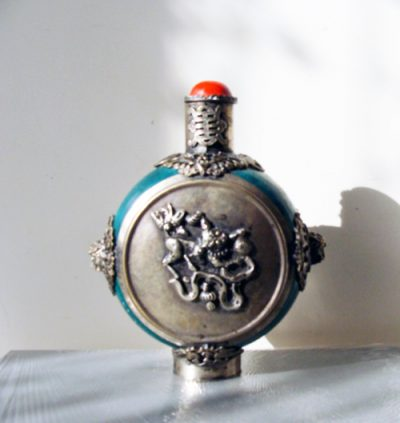 Large green silver armored snuff bottle