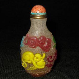 Multi color snuff bottle